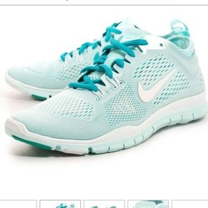 Nike   Free 5.0 TR Fit 4 - Size 6